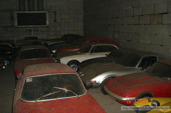El granero de Portugal lleno de autos clásicos
