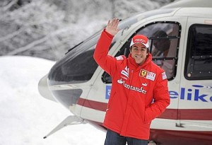 Alonso debutó antes los flashes con los colores de Ferrari. - Foto: Reuters
