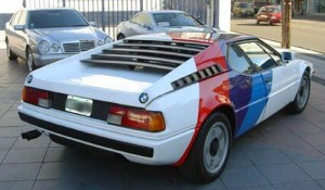 Sale a la venta un exclusivo BMW M1 en Argentina