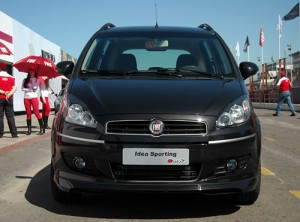 Fiat Idea Sporting - Foto: Cosas de Autos Blog
