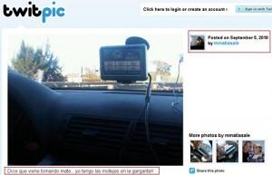 Captura del twitpic de Alé y de la foto subida en momentos en que el auto iba a 196 km/h