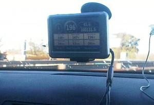 Foto subida en momentos en que el auto iba a 196 km/h