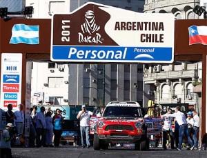 El MINI Countryman en la largada del Dakar Argentina-Chile 2011