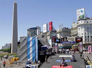 El Dakar en el Obelisco porteño.