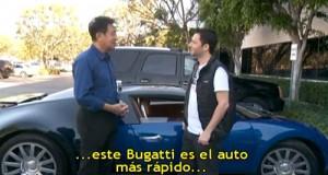 Mr Pen drive y Fede Ini junto a la Bugatti Veyron