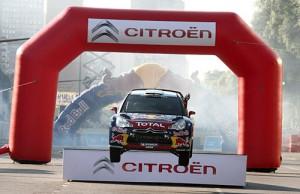 Citroën y Loeb convocaron a 40 mil personas
