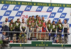 El podio de las 24 Horas de Le Mans 2011