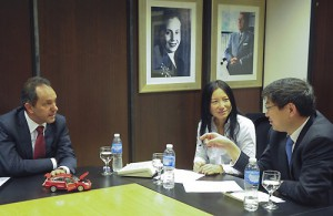 Scioli con directivos chinos de Chery. Prensa Gobierno de la Prov. de Buenos Aires