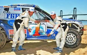 El binomio José García-Mauricio Malano campeón del Rally CrossCountry 2011.