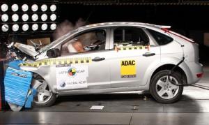 El Ford Focus II recibió cuatro estrellas en los test de la LatinNCAP.