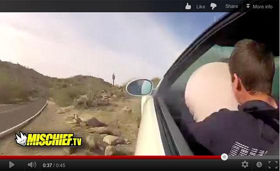 Video: probando los airbags de un BMW M3