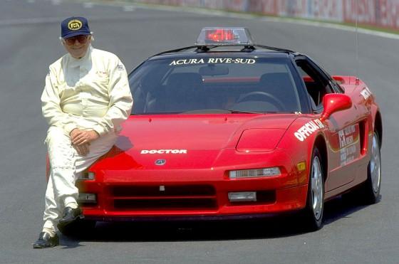 Sid Watkins y su Acura usado como Doctor Car en los 80´s.