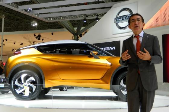 "Shiro Nakamura y su ""hijo brasilero"", el Nissan Extrem."