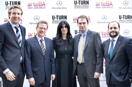 Mercedes-Benz junto a U-TURN Project Room