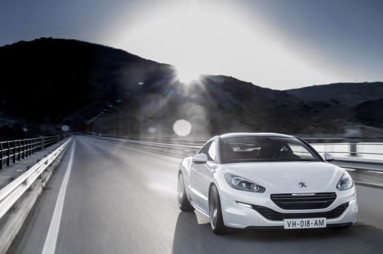 Peugeot lanzó la renovación de la coupé RCZ
