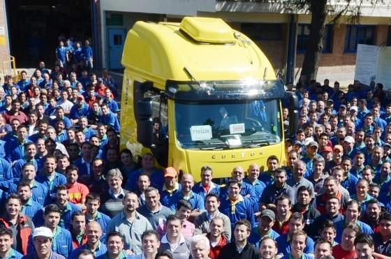 Iveco celebró la producción de su camión número 90.000
