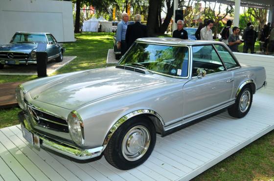 Mercedes-Benz festejó el 50° aniversario de coupé Pagoda en Autoclásica