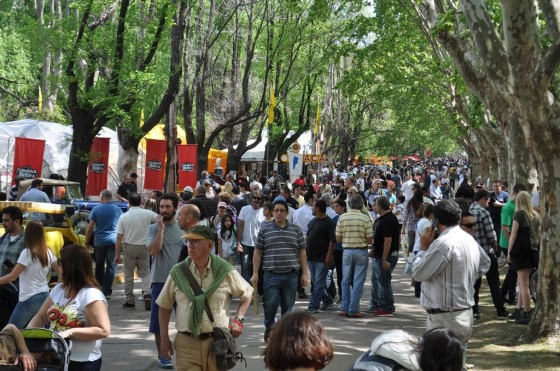 Más de 50 mil personas visitaron Autoclásica 2013