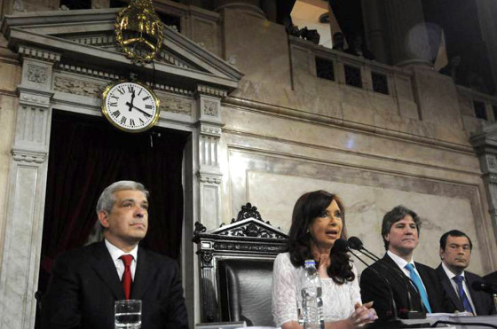 Cristina Kirchner aseguró que las ventas de autos no cayeron a causa del #impuestazo