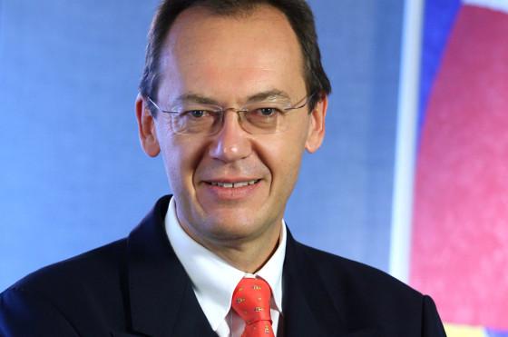 Dr. Josef Fidelis Senn, nuevo presidente de VW Argentina