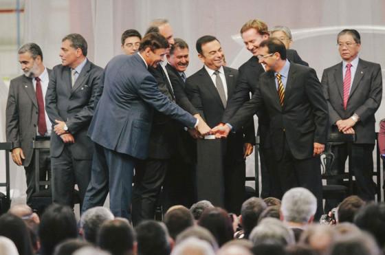 Nissan inauguró su primera planta en Brasil donde ya fabrica el March