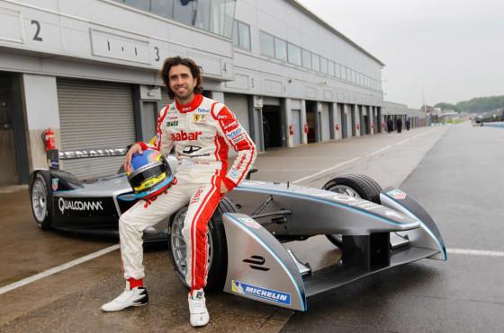 Cochito López junto al Fórmula E