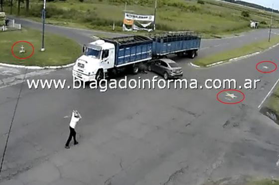 Choque en acceso a la Laguna de Bragado