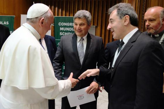 Autoridades de Toyota y Toyota Argentina junto al Papa Francisco