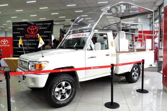 Papamóvil Bolivia: un Toyota Land Cruiser serie 70