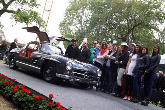 """Autoclásica 2015: el premio mayor fue para un Mercedes-Benz """"Alas de Gaviota"""" de 1955"""