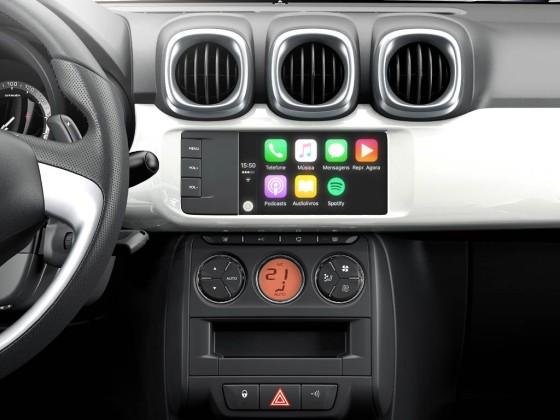 """La pantalla de 7"""" y el bandaux resaltan en el interior del Nuevo C3 Aircross"""