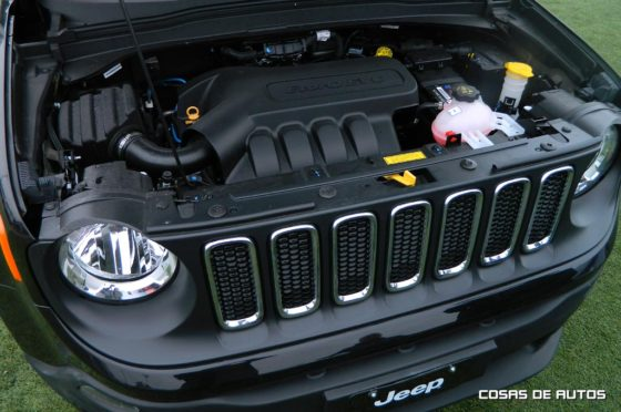 Motor del Jeep Renegade Sport