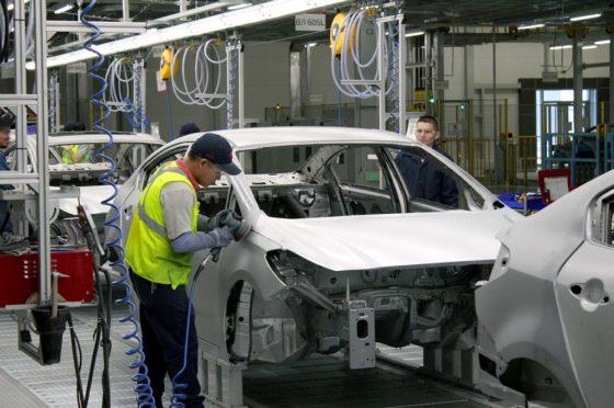 El Kia Cerato ya se fabrica en México