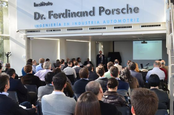 VW Argentina promueve la formación de profesionales en la industria automotriz