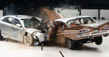 "Crash test ""auto a auto"""