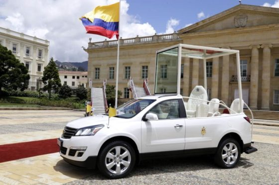 Papamóvil Chevrolet Traverse en Colombia