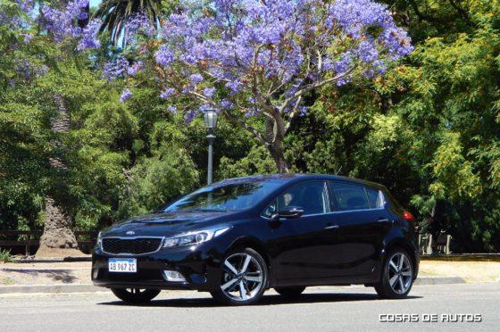 Test Kia Cerato hatch - Foto: Cosas de Autos