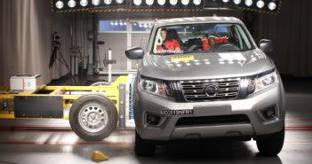 Nissan Frontier - LatinNCAP