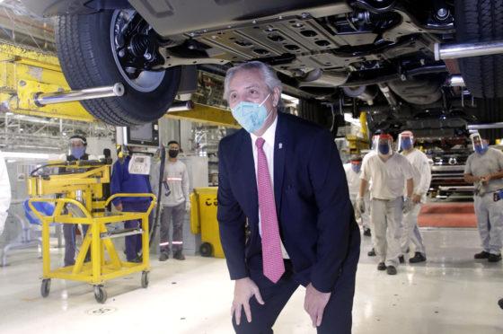 Alberto Fernández en VW