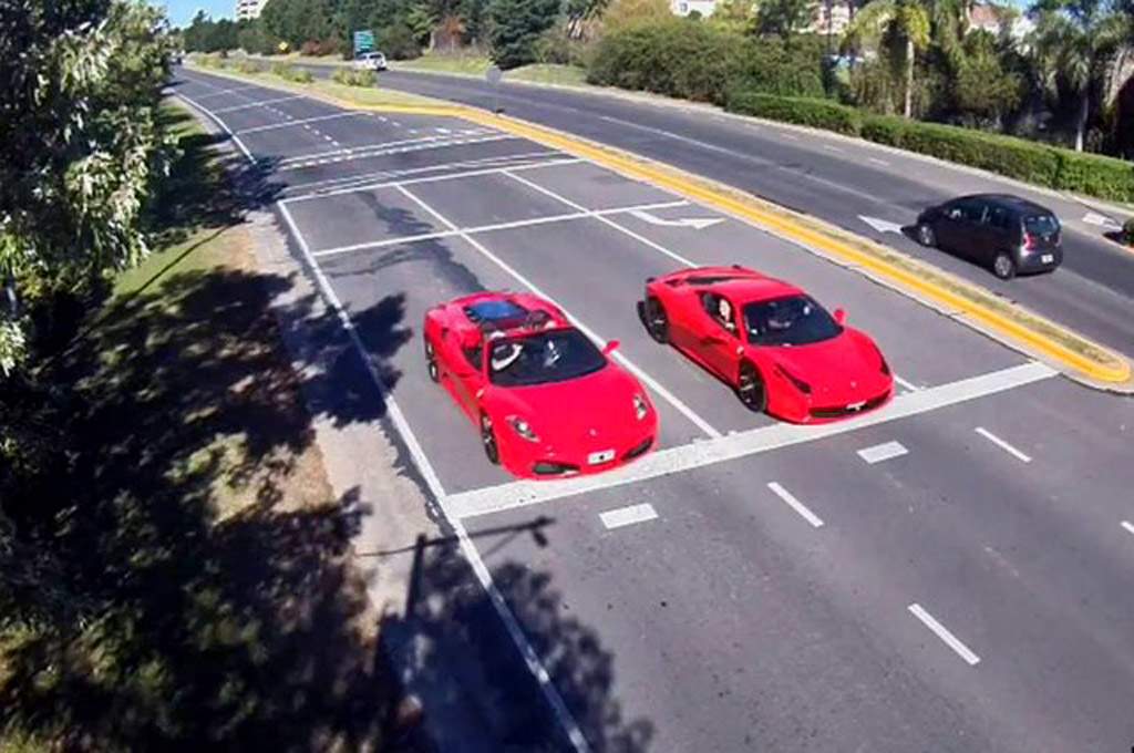 Nordelta - picada de Ferrari