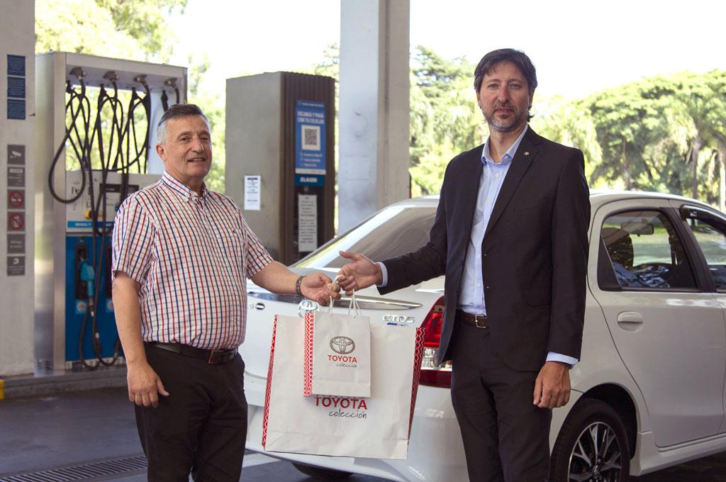 Toyota Etios a GNC en YPF