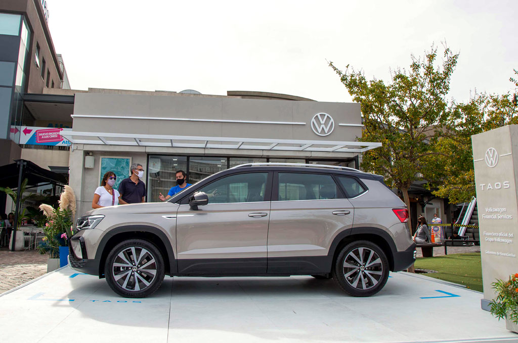 VW Taos pop-up store